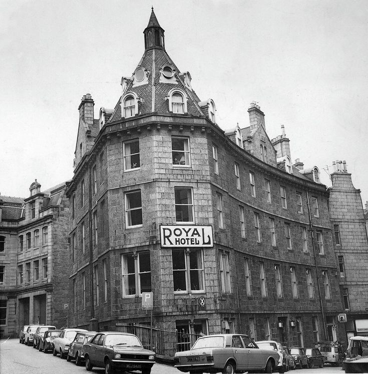 Royal casino on 19th street