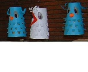 Chinese lantern 'meneer de uil' and 'mevrouw ooievaar'