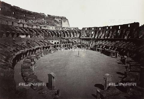 """""""Ecco nelle foto Alinari come i visitatori vedevano e vivevano il Colosseo sino a poco più di un secolo fa.""""  http://shop.alinari.it/it/scheda-prodotto-138370"""