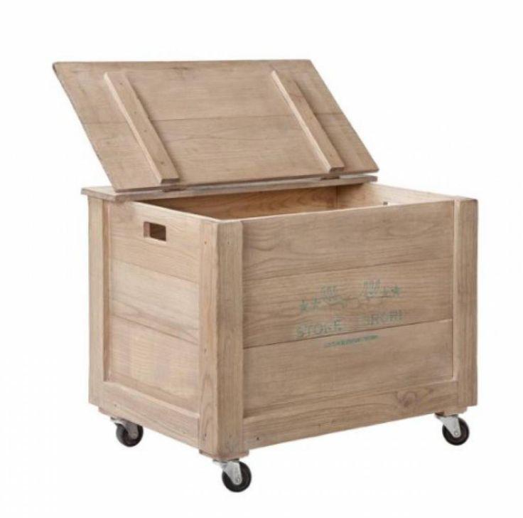 Een geweldige grote kist van Storebror om alle rondslingerende spullen in op te bergen. Super gebruiksvriendelijk en ook nog eens mooi. De kist heeft 4 wielen e