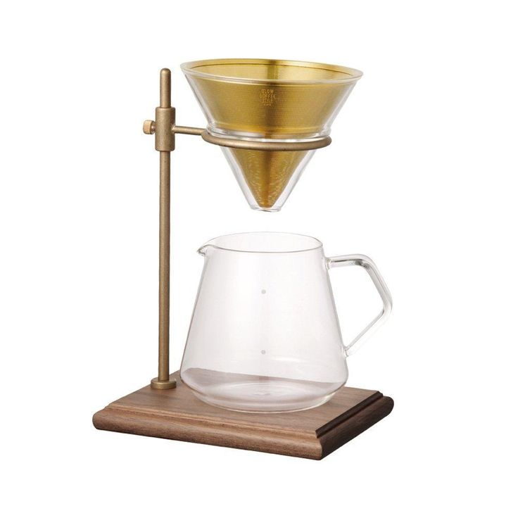 The Slow Coffee Style Specialty Series S02 has been designed to elevate the ritual of slow coffee brewing.  The S02 Brewer Set includes four pieces: a stand, a stainless steel filter, a coffee jug and a filter holder.