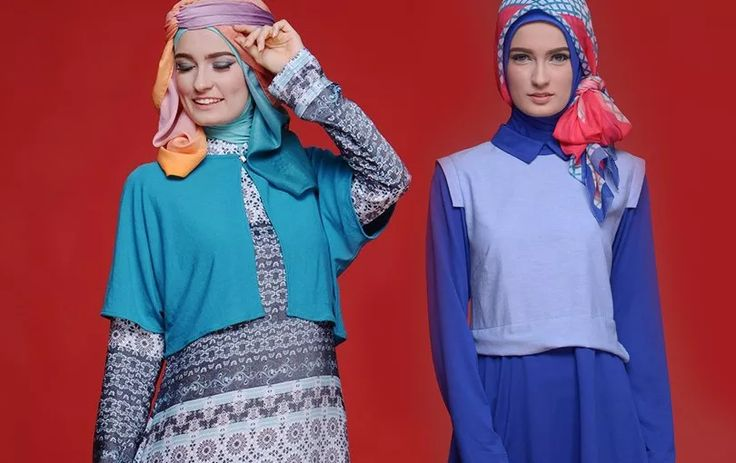 Mix and Match Fashion Bergaya Layer yang Cocok Di Musim Hujan