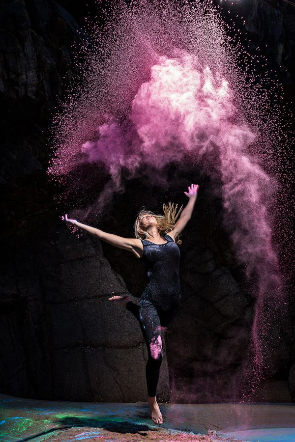 Powder Dance     Creative Directors: Jessica Reynolds & Matt Porteous  Photography: Matt Porteous