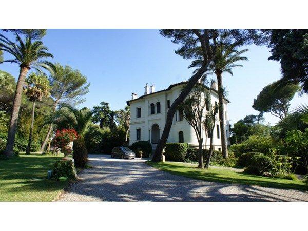 Roquebrune-Cap Martin, FR  Villa de Maître built in 1900