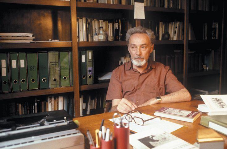 Primo+Levi+és+Hety+Schmitt-Maas+20+évig+tartó+levelezését+méltán+tarthatjuk+irodalmi+különlegességnek+és+egyben+fontos+kordokumentumnak.+A+német+újságírónő,+könyvtáros,+Essen+tartományi+kormány+tagja,+kortársa+volt+az+olasz+írónak.+1935-ben+kizárták+az+iskolába,+mert+nem+volt+hajlandó+belépni+a…
