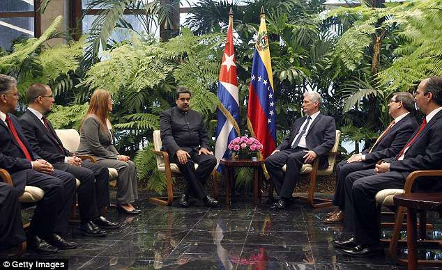 Cubas new President Miguel Diaz-Canel meets Venezuelan leader Nicolas Maduro -  Cuba's newly elected president Miguel Diaz-Canel met with Venezuelan leader Nicolas Maduro Saturday  The meeting marked Diaz-Canel's first official act as the country's president  Bolivian president Evo Morales is expected to greet Diaz-Canel on Monday  Diaz-Canel became president of Cuba on Thursday after he was handpicked by former leader Raul Castro  By Minyvonne Burke For Dailymail.com  Published: 20:59 EDT…
