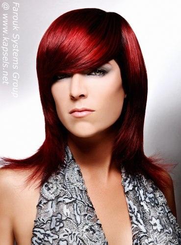 Lang haar rood gekleurd met CHI Ionic Permanent Shine Hair Color