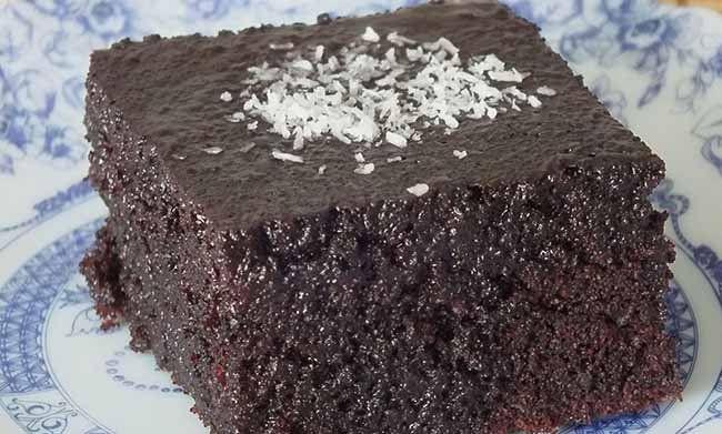 Sayfamızda kek tariflerinden ıslak kek tarifini bulabilir sosyal ağlarda paylaşbilir bu nefis tarifi kolay ve pratik bir şekilde hazırlayabilirisiniz.