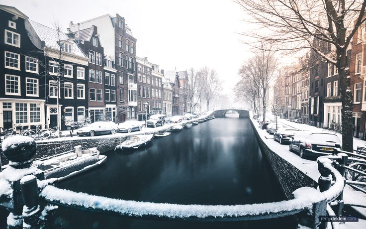 Amsterdam canal covered in snow!