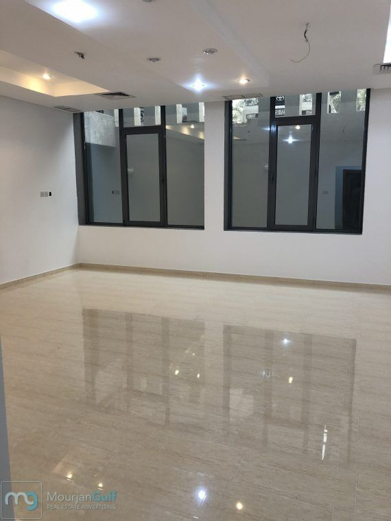 For Rent House In Shahda Hawash Down 3 Bedrooms 1 Master Lounge And Salon Guest Room Maid Room With Bathroom Saqq Room With Bathroom Location Belly And Back Mai