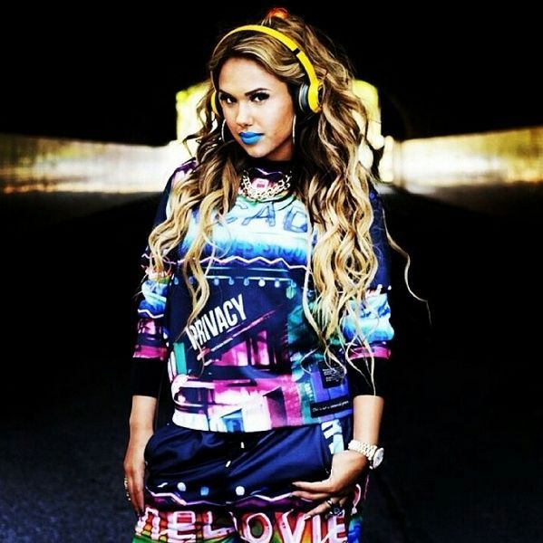 Fly, fresh and fearless! Kristinia DeBarge #TeamMonster http://itz-my.com