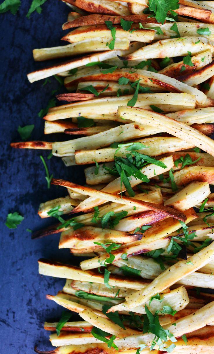 BAKED PARSNIP FRIES & GOCHUJANG KETCHUP http://www.kitchenathoskins.com/2017/01/18/baked-parsnip-fries-with-gochujang-ketchup/