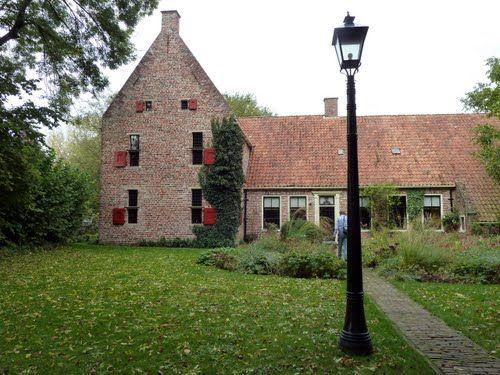 Westeremden, De Weem / Henk Helmantel. Groningen, Netherlands. (Foto: Nell van den Bosch, panoramio)