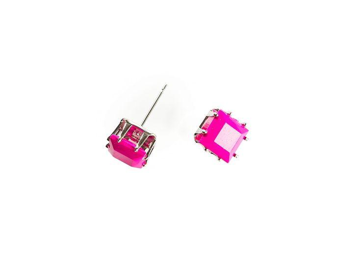 Pinkit neliön malliset korvakorut
