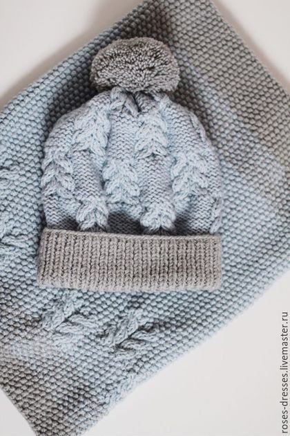 Купить или заказать Комплект шапочка и снуд 'Голубые небеса' в интернет-магазине на Ярмарке Мастеров. Теплый вязаный комплект снуд + шапочка. Комплект плотный и достаточно теплый. Состав пряжи: шерсть, акрил. Шапока не колется! что на наш взгляд, очень важно.