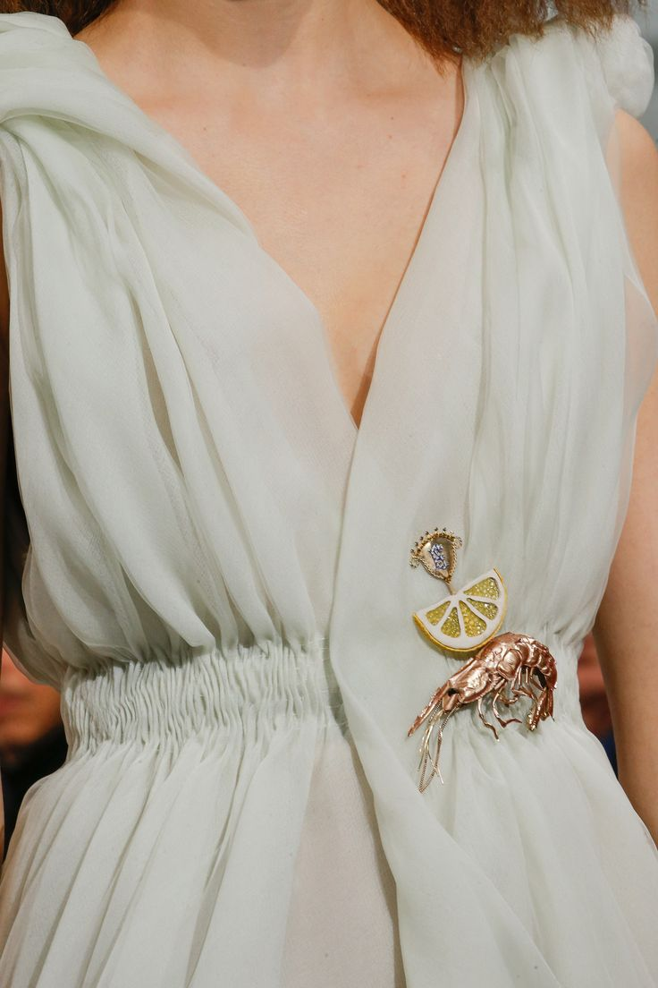 Schiaparelli Spring 2016 Couture Fashion Show Details BROOCH DETAILS INSECTS/FOOD