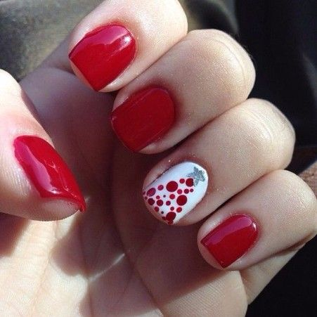 20+Christmas Nail Art Designs