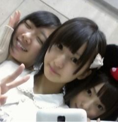 乃木坂46 (nogizaka46) inoue sayuri so cute ~ look more like a kid now after cut her hair ^o^ ~ ♥ ♥ ~ with nagashima seira and saito yuuri