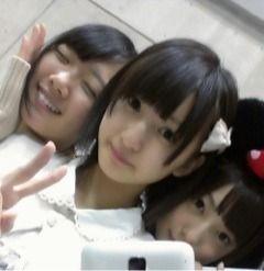乃木坂46 (nogizaka46) inoue sayuri so cute ~ look more like a kid now after cut her hair ^o^ ~ ♥ ♥ ~ with nagashima seira and saito yuuri