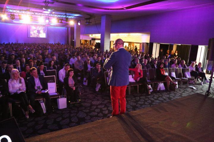 800 osób zainteresowanych sprzedażą www.biznesplus.pl