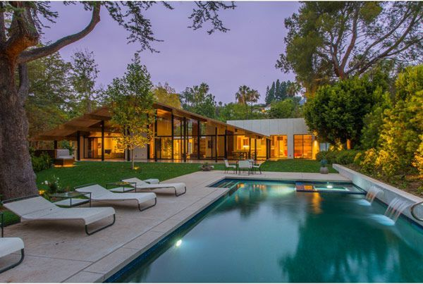 A Quincy Jones mid century modern house home Not MYdream house, but my husband's