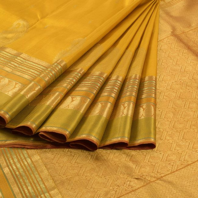 Golden Grass Yellow Handwoven Kanjivaram Silk Saree with Paisley Motifs 10006831 - AVISHYA.COM