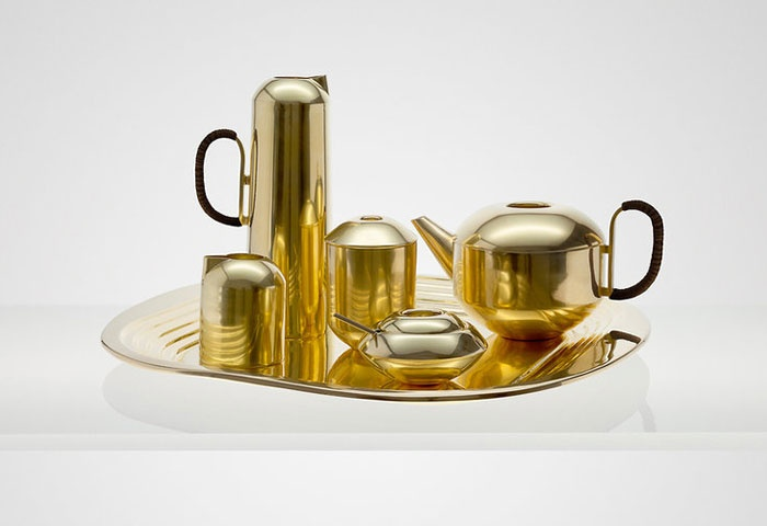 Tom Dixon tea set.  #introdesign #teaset #tomdixon #kitchen accessories