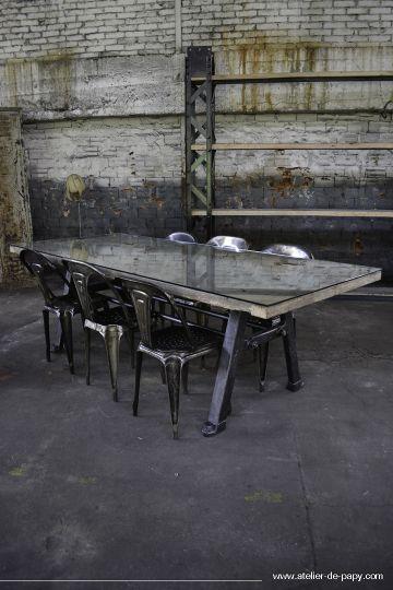 Interior design | decoration | home decor | furniture | Table à manger industrielle