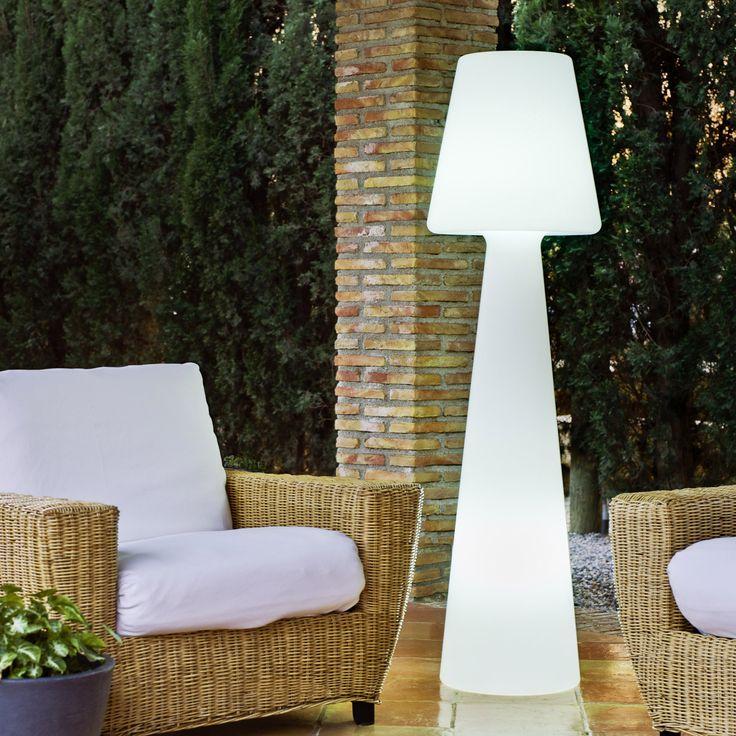 1000 id es sur le th me lampadaire jardin sur pinterest for Specialiste luminaire exterieur