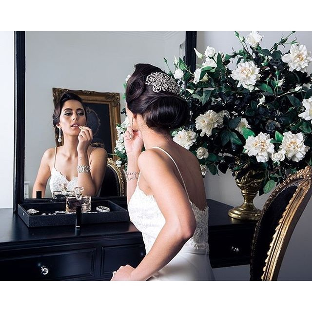 Discover the art in capturing a bride's getting ready moments #onthblog with @jasminazuccarelli! Beautiful styling  by @jcrcevents_styling | Dress: @vivid_dresses | Accessories: @avajaxon | Hair and MAU: Shindy Gill.