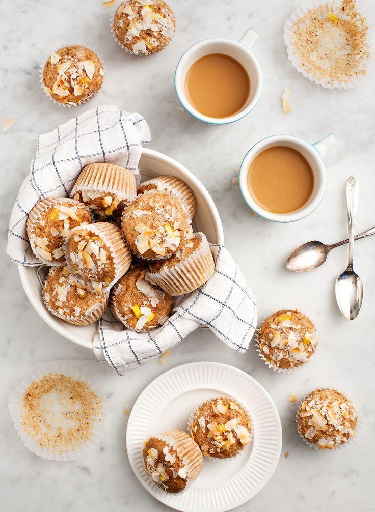 Coconut Mango Muffins (vegan) made with /almondbreeze/ Almondmilk Coconutmilk. #sponsored