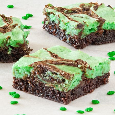 St. Patty's Day Brownies - Real Mom Kitchen