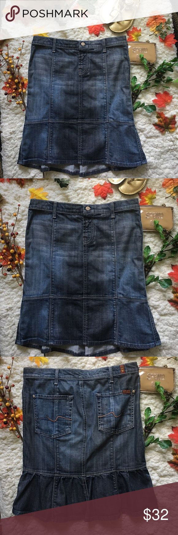 ❤Seven Jeans For all mankind Denim Skirt❤ ❤In great used condition denim skirt by 7 jeans for all mankind in size 29❤Please see all photos❤ seven for all man kind Skirts