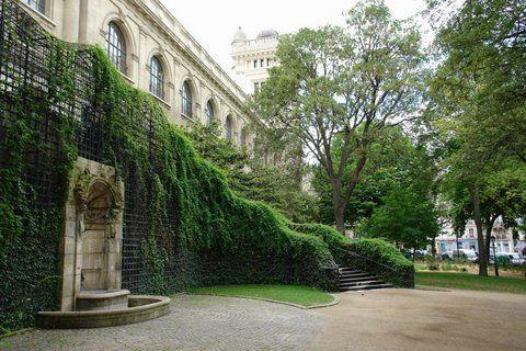 Le square Paul Langevin à Paris