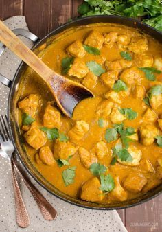 I didn't think it was possible to create a low syn chicken korma that still tastes amazing, but I think I have actually cracked it with this one.