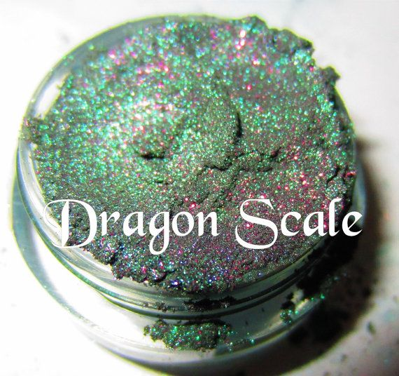 BESTSELLER Dragon Scale Emerald Green Purple Glitter Natural Mineral Eyeshadow Mica Pigment 5 Grams- Lumikki Cosmetics