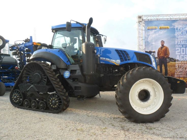 NEW HOLLAND T8