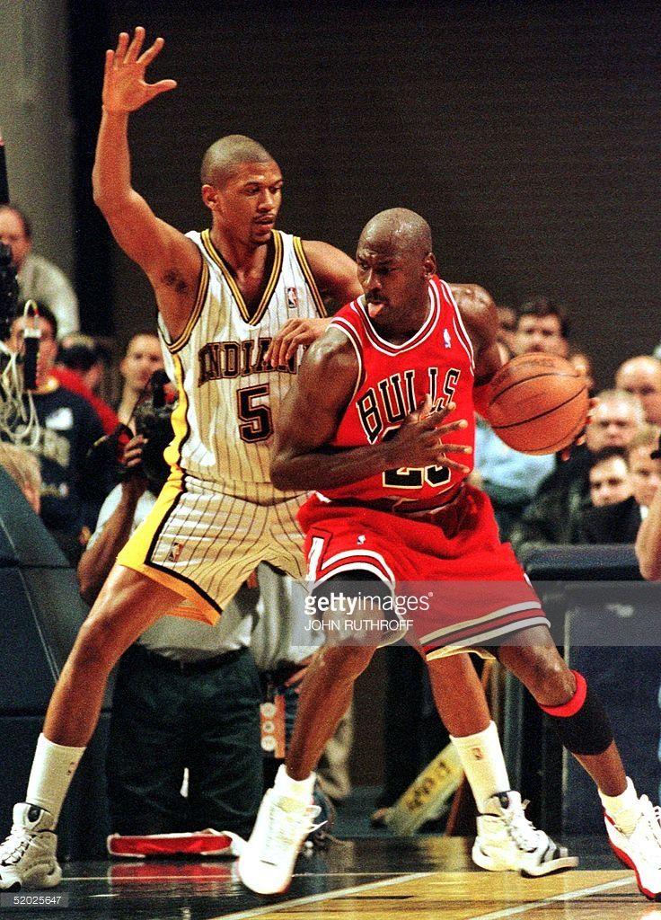 816e9df02e Indiana Pacers guard Jalen Rose (L) defends as Chicago Bulls guard Michael  Jordan (