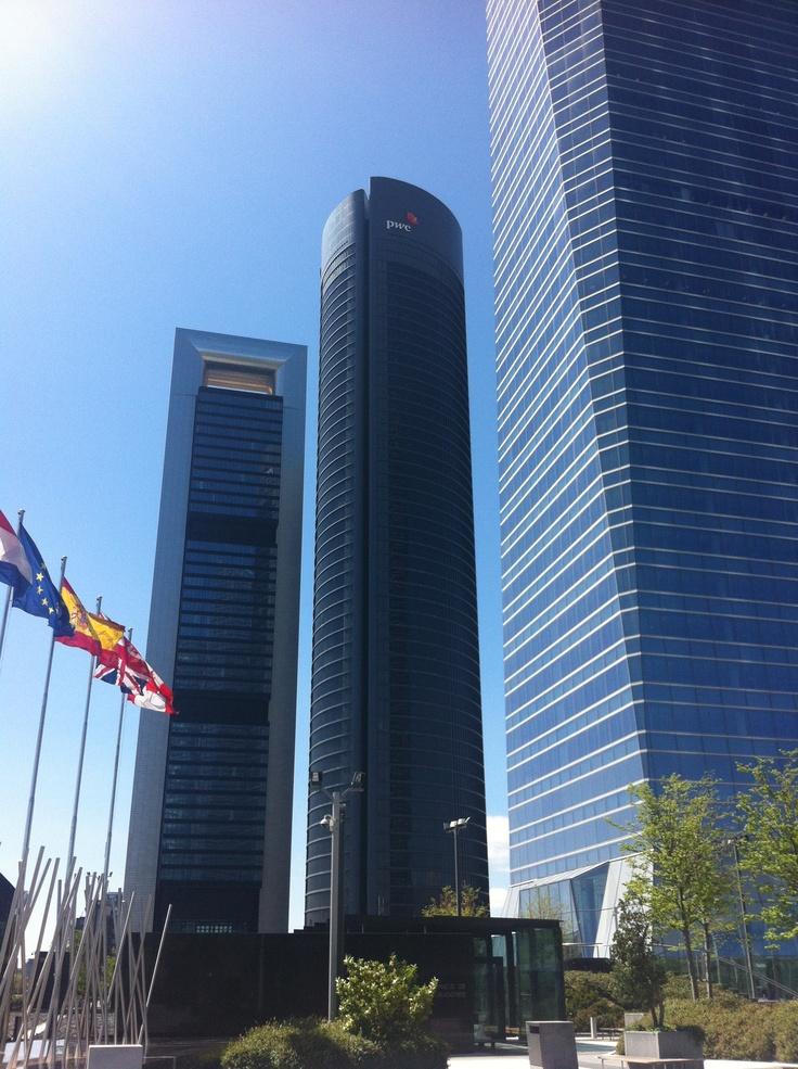 Torre Bankia (Foster) y Torre PwC (Rubio y Álvarez-Sala)