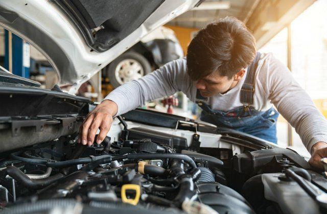 5 Car Repairs You Can T Afford To Skip U S News World Report Car Repair Service Automotive Repair Auto Service
