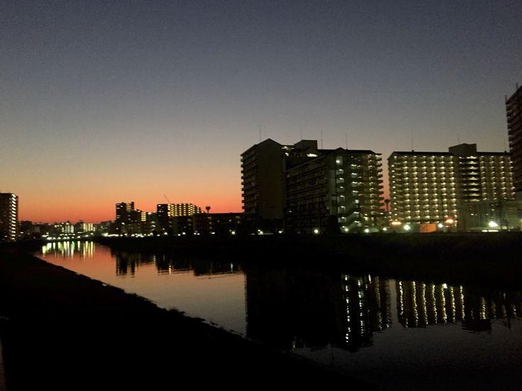 新河岸川黄昏。北赤羽。