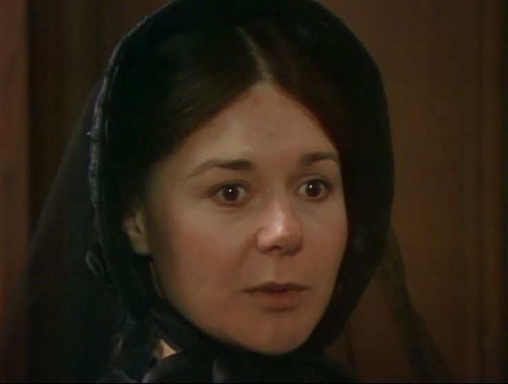 The Barchester Chronicles (1982), Barbara Flynn as Mary Bold