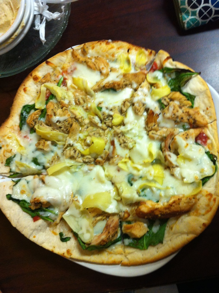 HOMEMADE artichoke and spinach pizza...yumm!!!