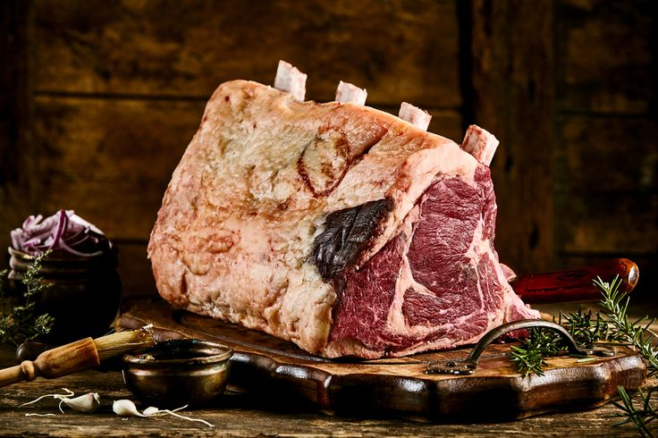 Large piece of cote de boeuf meat with fat and rib bones with rosemary #fresh #raw #steak #steakdinner #steaks #meat #meatfeast #meatlove #steakporn #steakhouse #steaktips #steaklife #steakland #farmersmarket #rusticfood #rusticmeat #rusticstyle #rustickitchen #butcher #meatshow #butcherymeats #cheflife #truecooks #jumbosteak #butcher #gourmet . How was your rustic day? Share it #BeLikeTomBeRustic