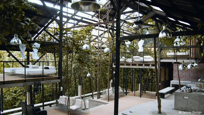 ¡Abya Yala Libre! • Casas verdes, jardines tropicales