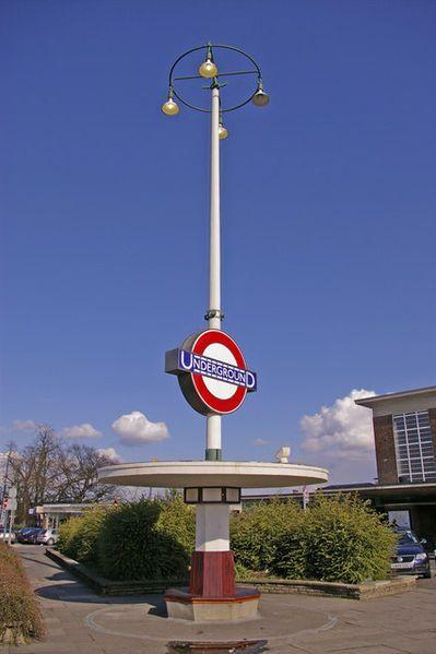 File:Art Deco Seat and Station Sign, Oakwood, London N14 - geograph.org.uk - 740661.jpg