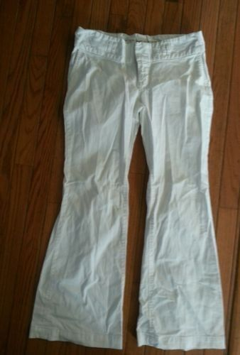 13.54$  Watch here - http://viwbp.justgood.pw/vig/item.php?t=gfd6oe55931 - Gap Maternity White Flare Pants 2 R Regular 13.54$