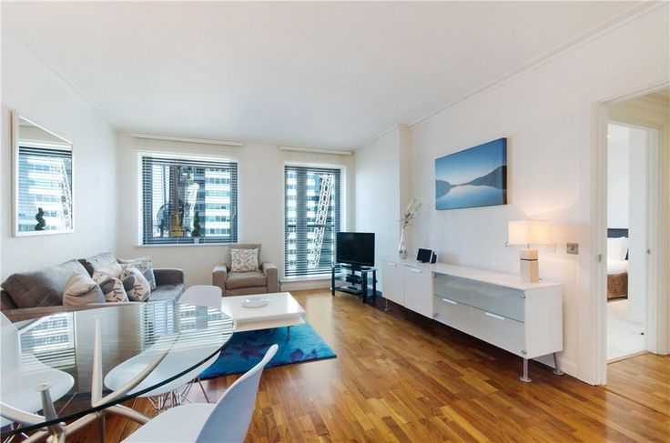 This 1 bedroom flat in Nr Canary Wharf, London, E14 is now on the market. Contact us today to arrange a viewing.