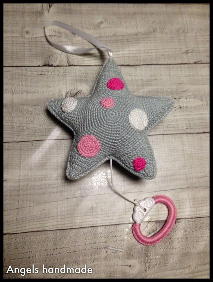 Gehaakte muziekster muziekdoos. Ook leuk als kraamcadeau. #crochet music star