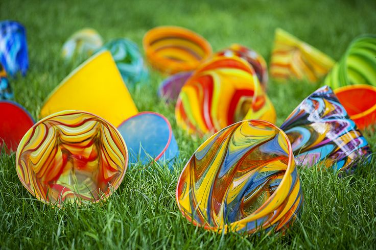 Unique, handmade glass flower pots in various colours, sizes and finishes by Mdina Glass... a must for indoor and outdoor spaces this spring / summer.  Purchase direct with international shipping: https://www.mdinaglass.com.mt/catalogsearch/result/?q=flower+pots